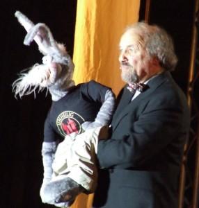 Bauchredner Micha mit seinem Horst
