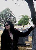 Schriftstellerin Scarlet Norton (Quelle: http://www.scarletnortonduperre.com/)