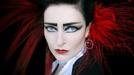Siouxsie-Sioux-MOJO-cover-shot-770